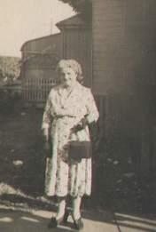 Bertha Rixon was born in 1902, and registered under the name Bertha Lang.