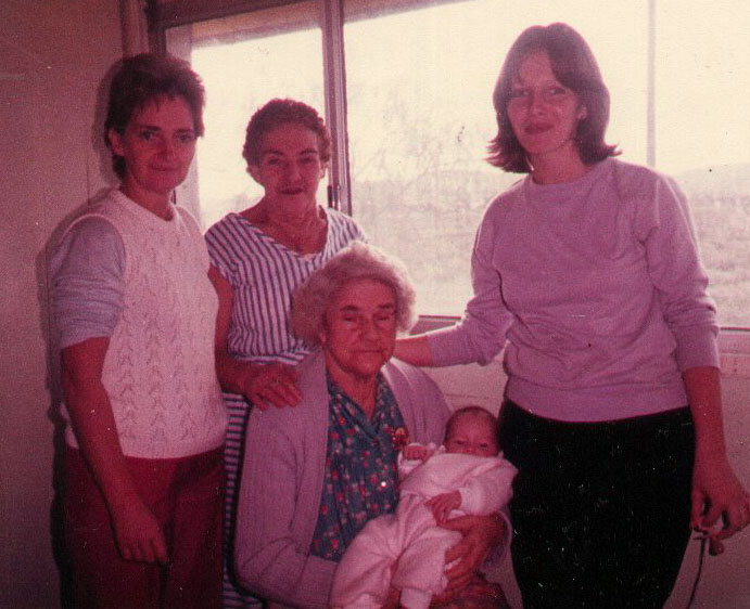Five Generations - Margaret O'Brien, Bertha Dunn, Bertha Lang, Jacqueline Hall, Margaret Hyland