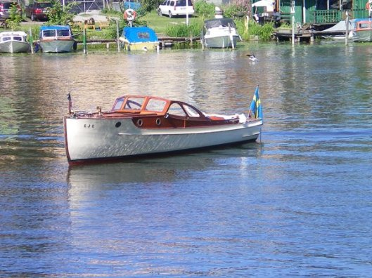 There are something like 700,000 registered boats in Sweden in a country of about 9 million.