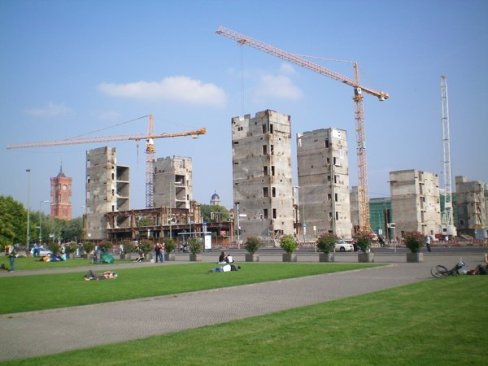 The people's palace is being demolished, East Berlin