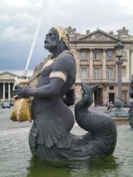 Lovely fountain statue in Paris