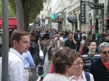 Shopping on the Champs Elysées