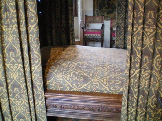 Renaissance bed at Amboise.
