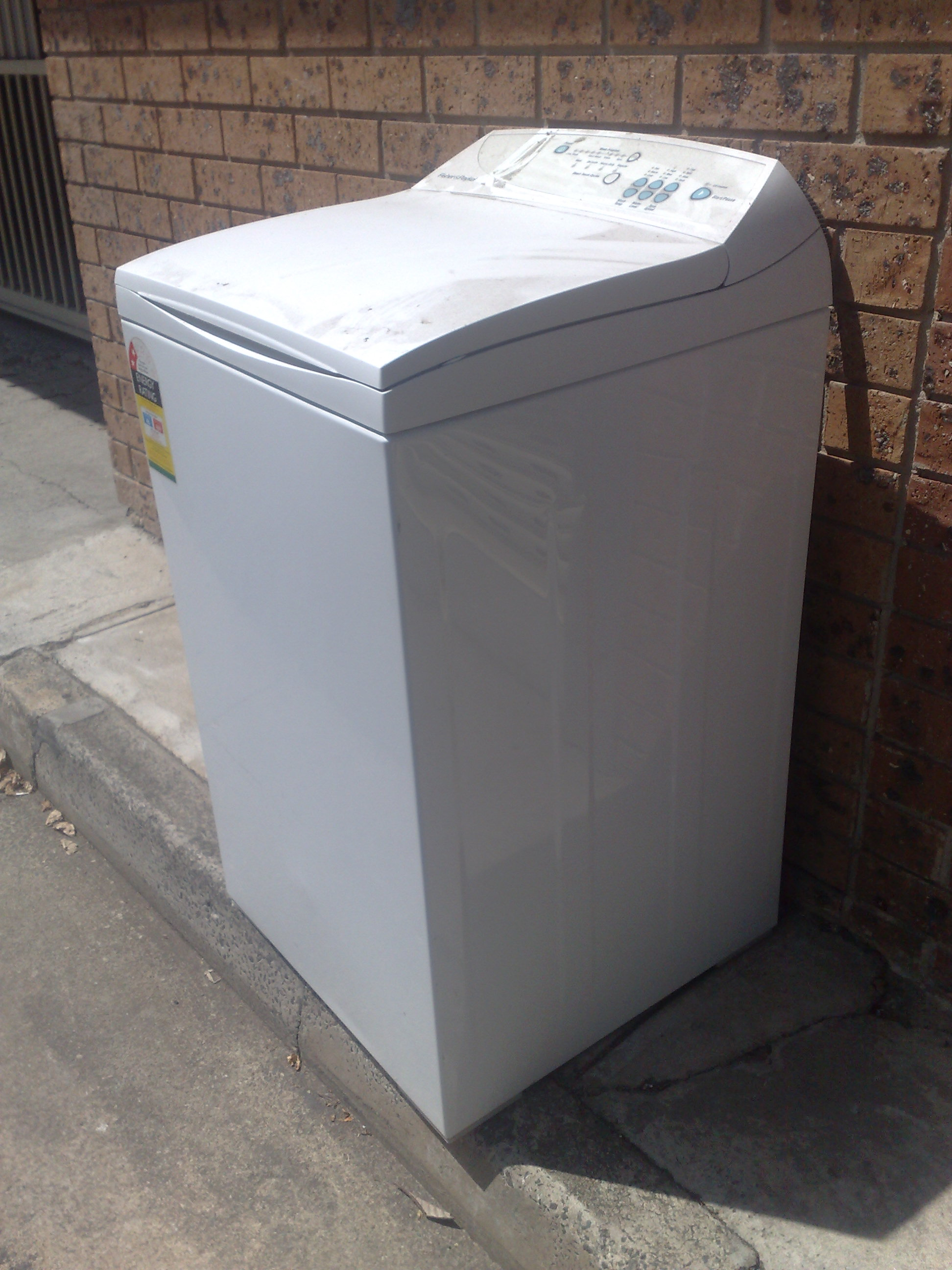 A seemingly perfectly good Fisher and Paykel discarded in my laneway.