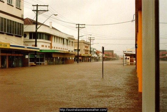 "1987 Flood (10.78metres) - known locally as ""The Mothers Day Flood"". Based on current predictions, this is the flood this one sounds most similar to. Pic from Australian Severe Weather Association website."
