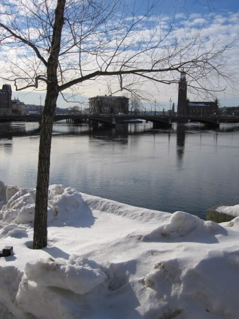 Ice and snow remain, despite the warming