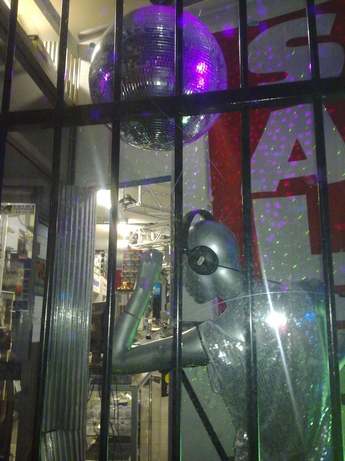 Disco on Parramatta Road, Lewisham