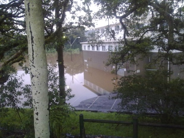 Flooding near the rowing club, Lismore