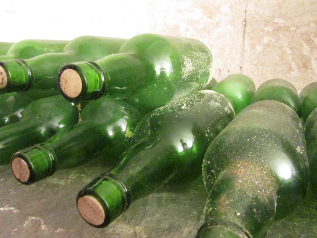 Colonial Wine Tasting