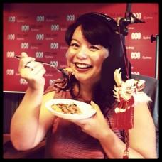 Andrea eats Yee Sang