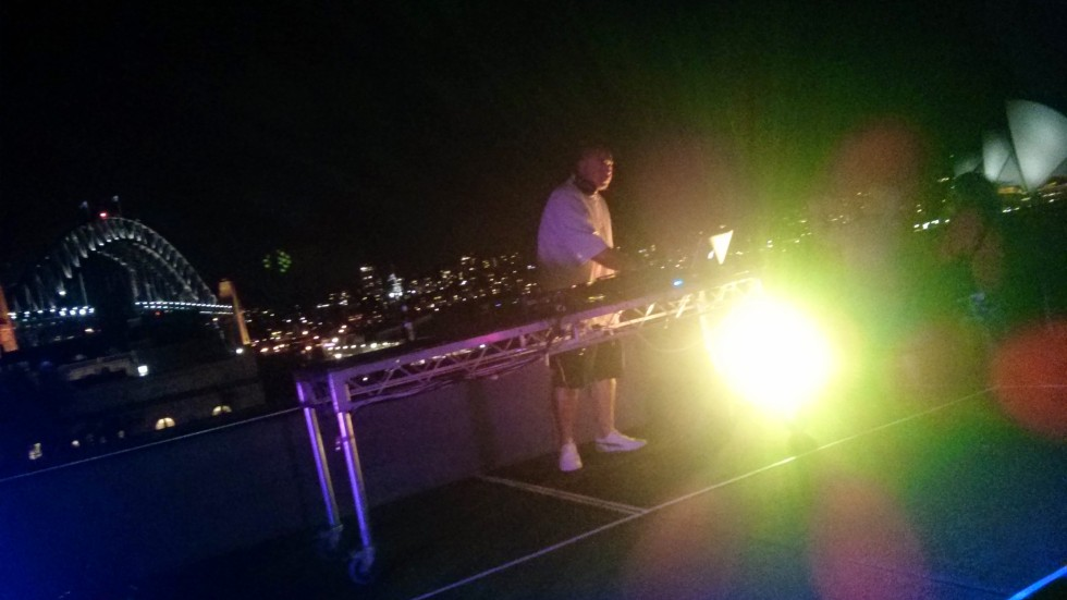 DJ Leo Tano at MCA
