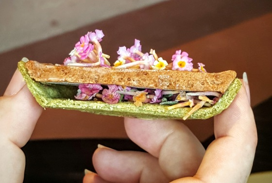 Pie made from dried scallops and lantana flowers.