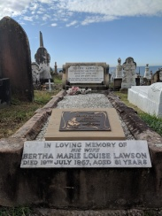 Henry Lawson grave at Waverley Cemetery